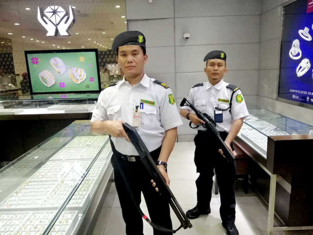 iso hitec security armed guard